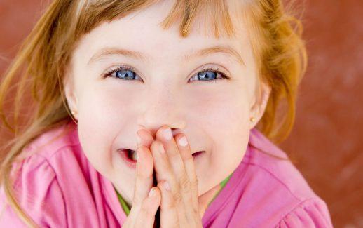 comment-reagir-quand-son-enfant-dit-des-gros-mots_5009071